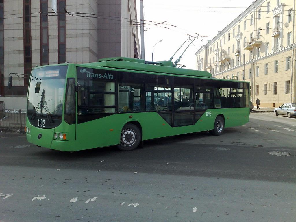 гулливера многие картинки троллейбуса зеленого целой