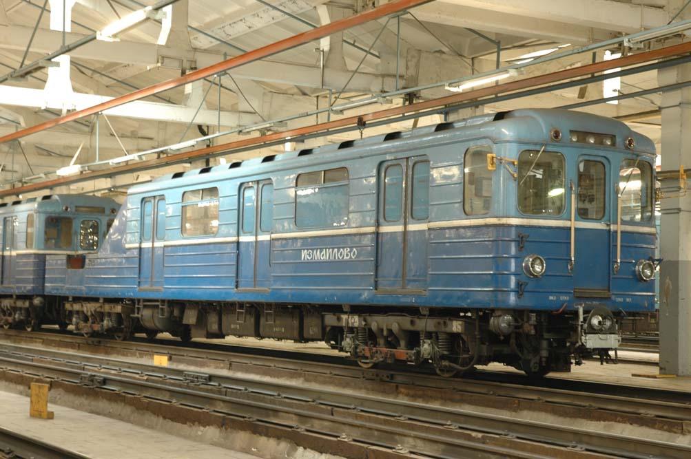 фото грузового состава метро