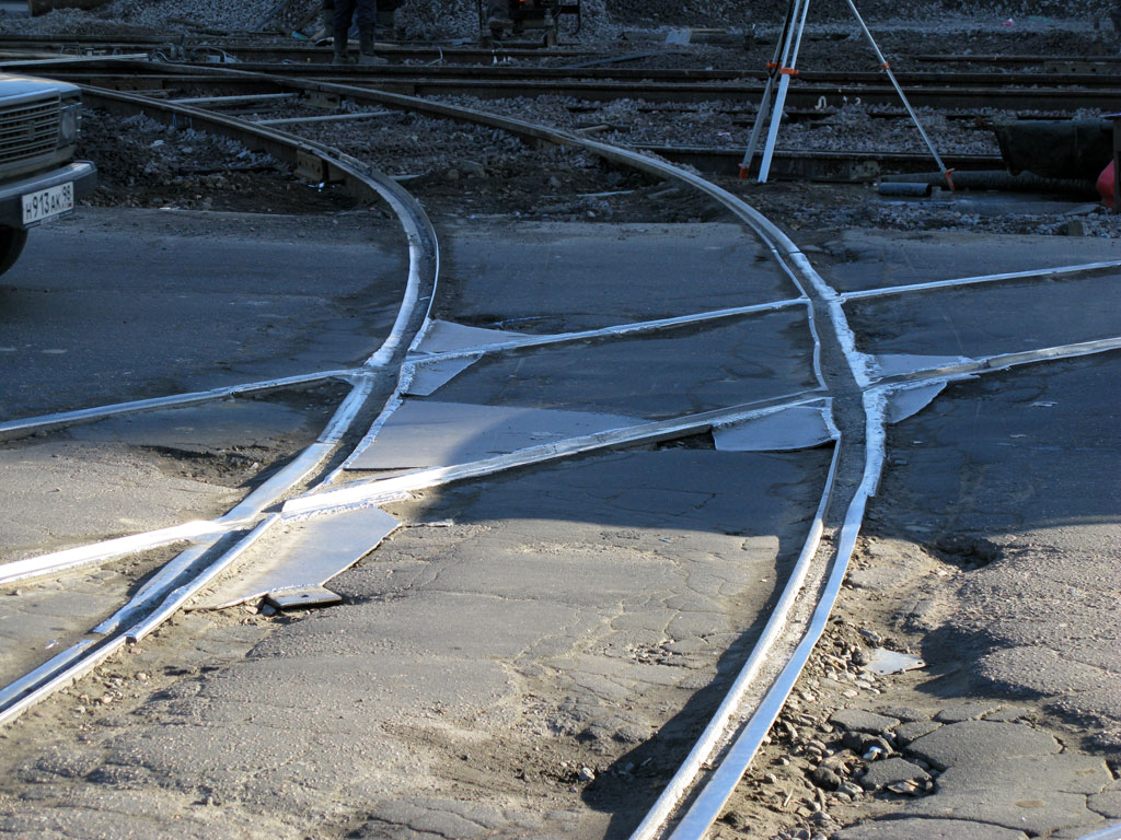 Saint-Petersburg — Track repairs