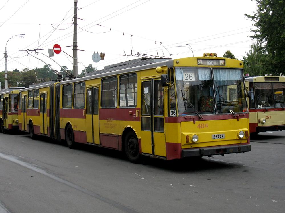Киев, троллейбус 160koda 15tr03/6 484