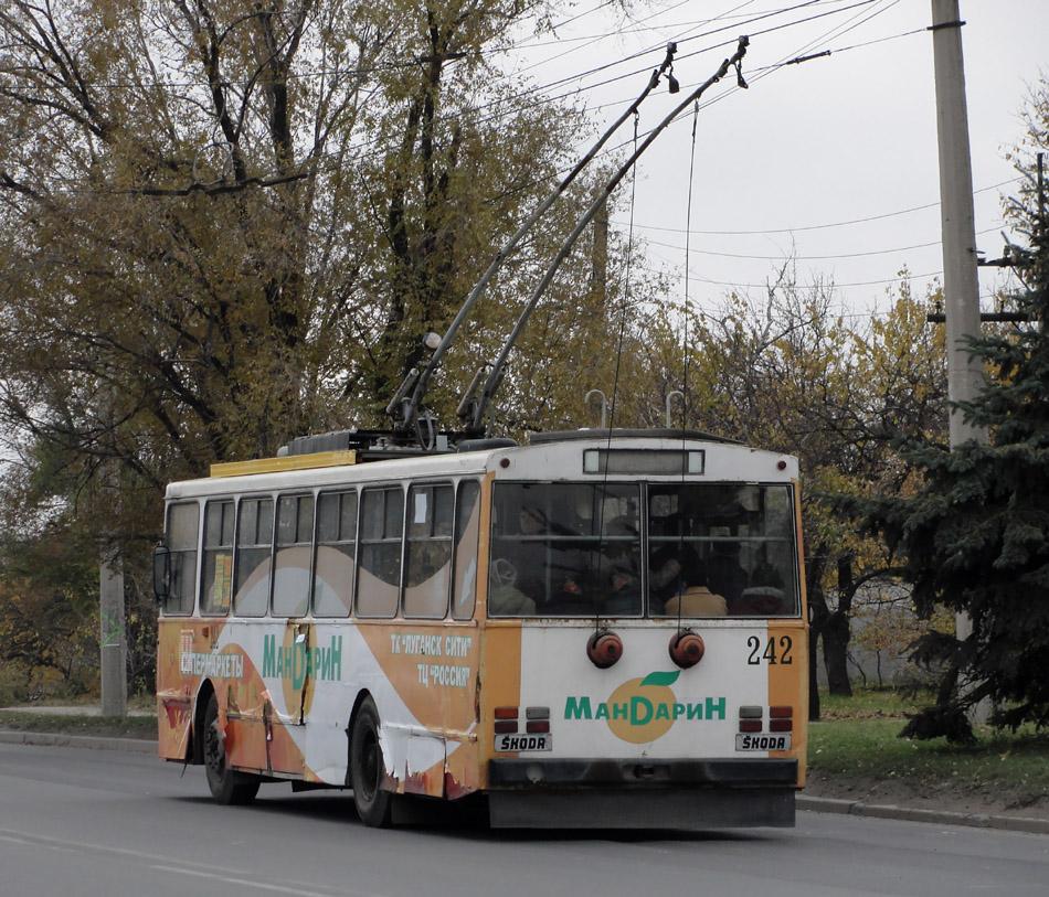 Луганск троллейбус škoda 14tr08 6 № 242