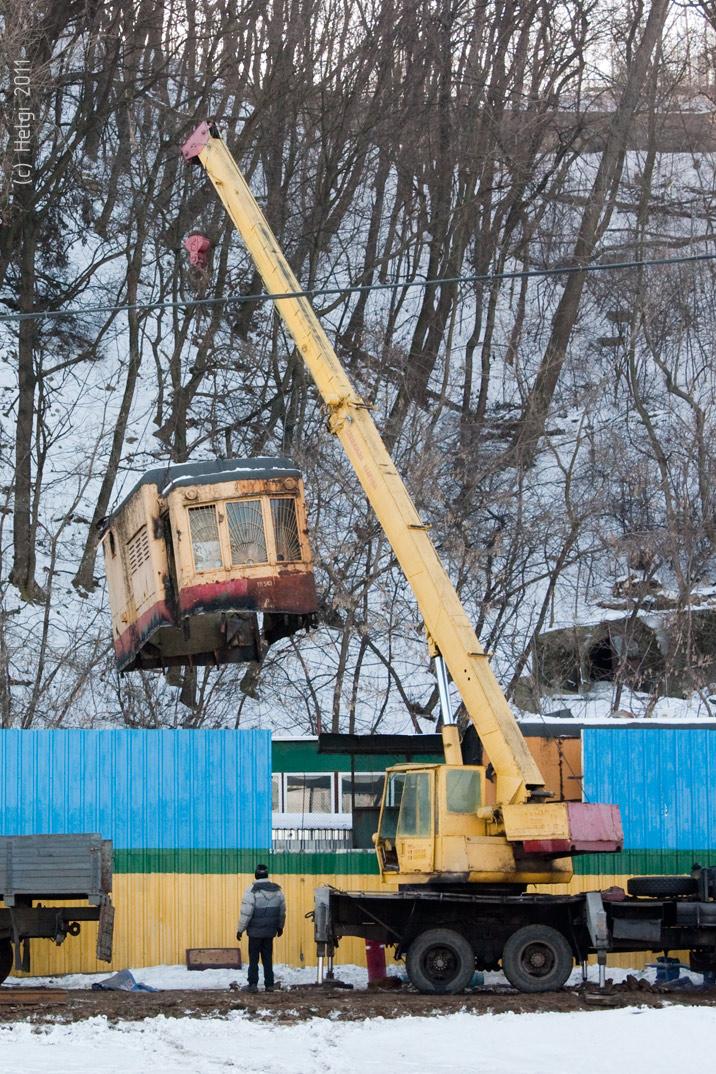 В Киеве уничтожили трамвайный вагон 1909 года