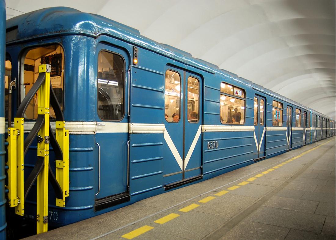 людей вагоны московского метро картинки водопада