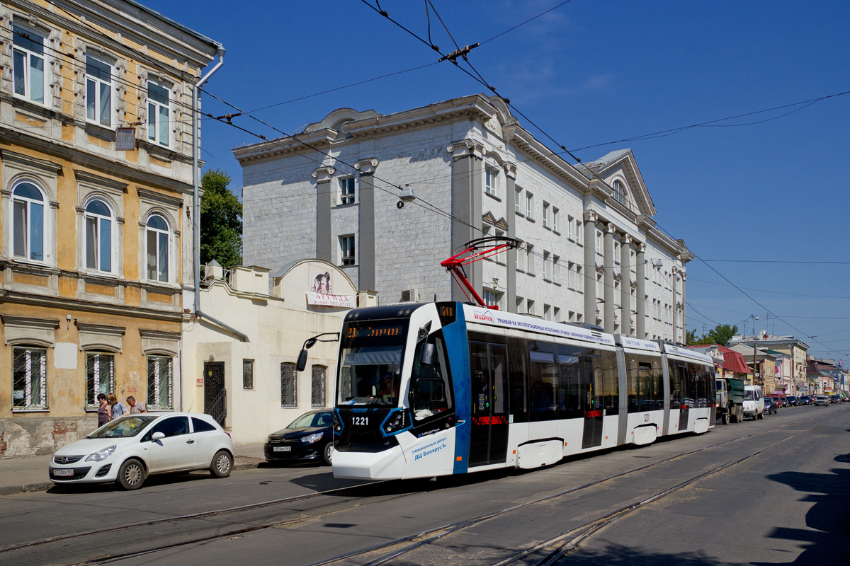 Самара, трамвай Stadler 85300М № 1221