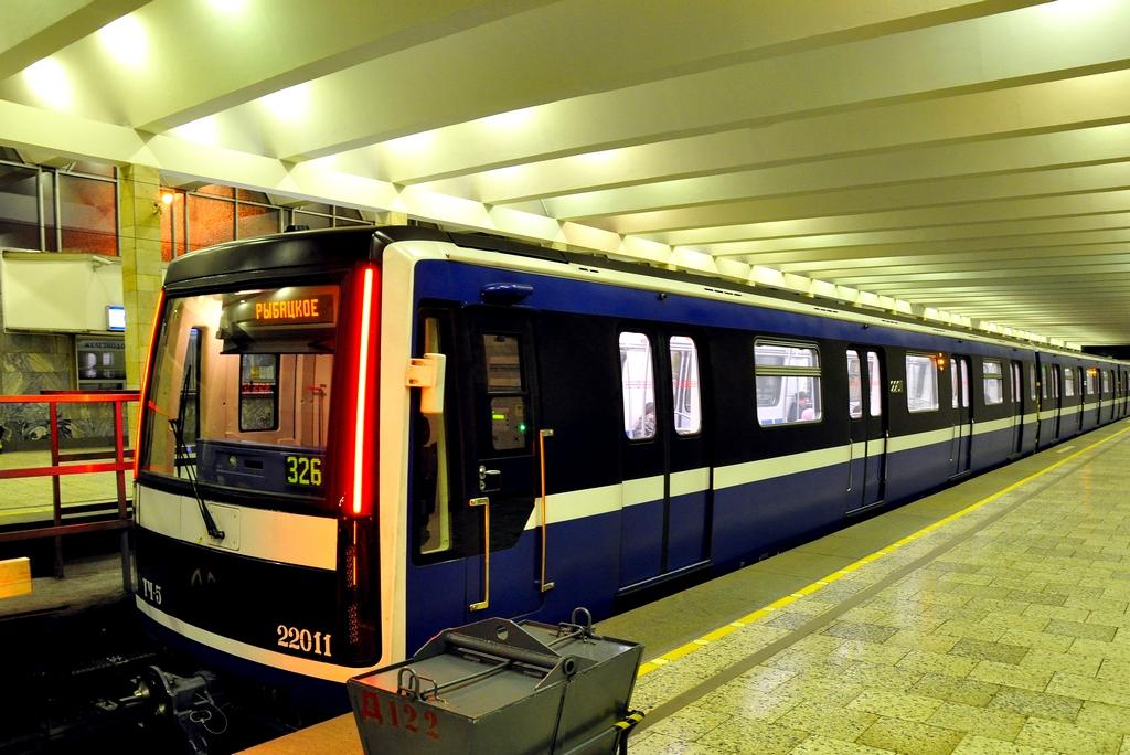 человеку сегодня новые вагоны в метро санкт петербурга фото мне дерматокосметолог