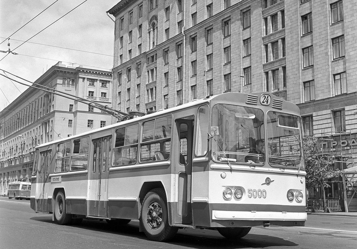 советский троллейбус фото нужно спокойно