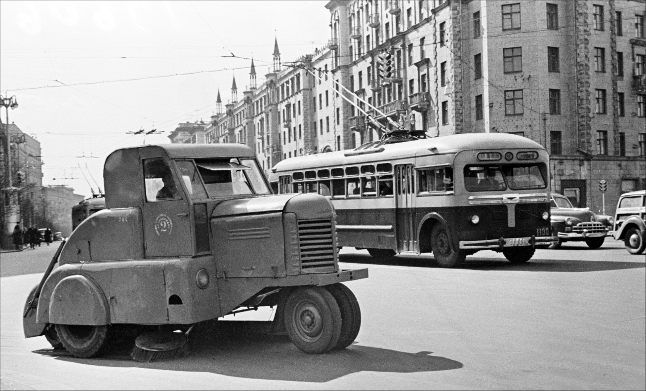 Moscow, MTB-82M # 1130; Moscow — Historical photos — Tramway and Trolleybus (1946-1991)