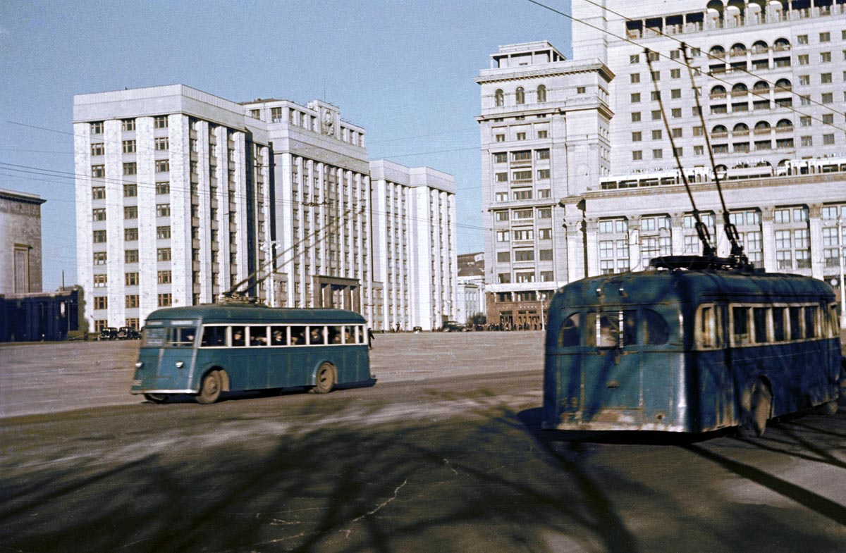 Moscow, YaTB-4 # 375; Moscow, YaTB-1 # 149; Moscow — Historical photos — Tramway and Trolleybus (1921-1945)