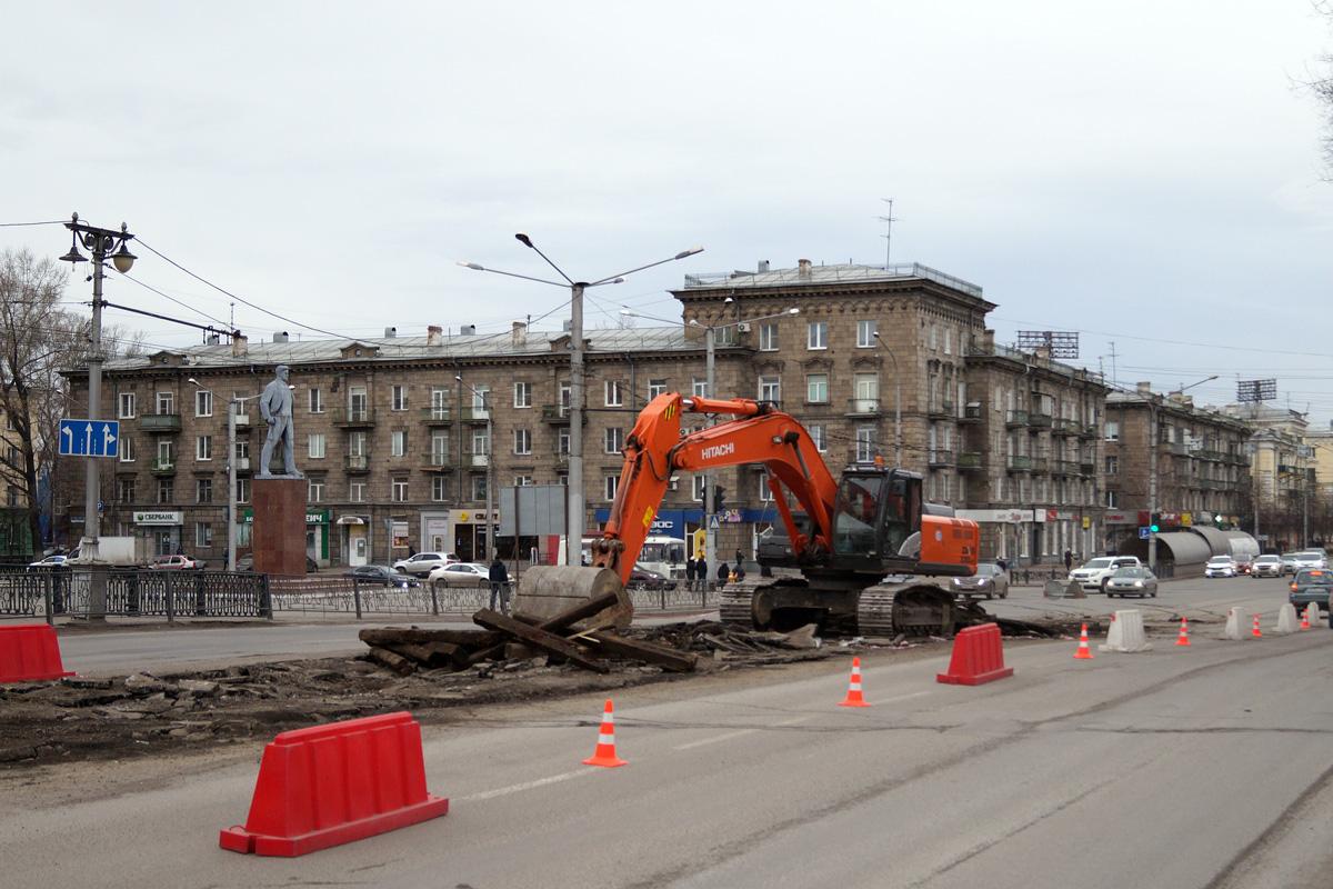 Демонтаж путей на Металлургов, автор фото Максим Раевский