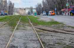 Dnipro — Track and overhead wire